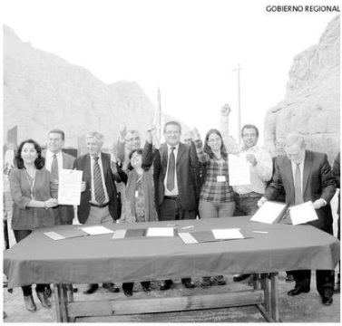 Regantes y Gobierno firman acuerdo para financiar Embalse Chironta